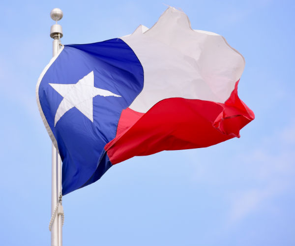 TEXAS HOUSE OKS SANCTUARY CITY BAN